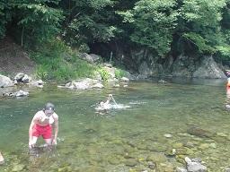 秋川に珍獣出現?